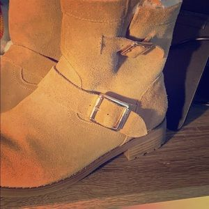 Faux fur lined suede boots